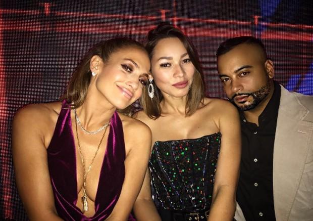 Jennifer Lopez e amigos no Ano Novo (Foto: Reprodução)