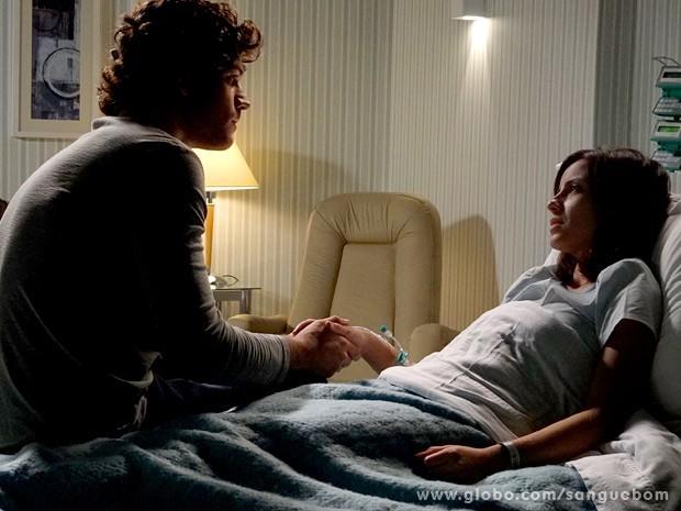 Bento ouve o último desejo de Simone (Foto: Sangue Bom / TV Globo)