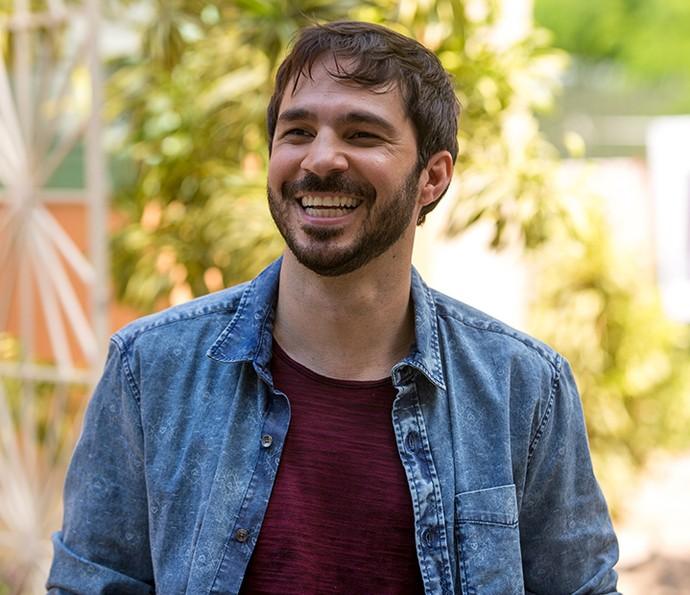 Conrado Caputo será Renan, marido de Larissa (Marcella Valente) e cunhado de Apolo (Malvino Salvador) e Adônis (José Loreto) (Foto: Fabiano Battaglin/Gshow)
