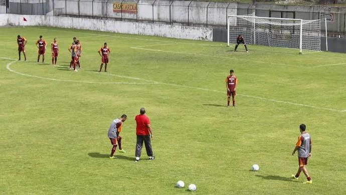 CRB treino bola parada (Foto: Caio Lorena/GloboEsporte.com)