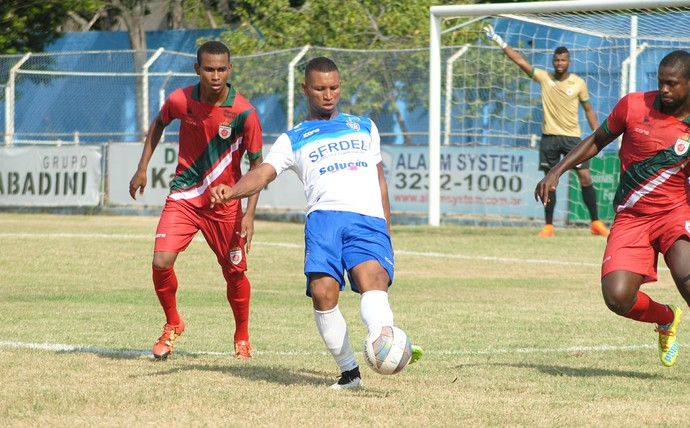 Morotó fez o gol do Vitória-ES contra o Real Noroeste, no Salvador Costa (Foto: Henrique Montovanelli/Vitória-ES)