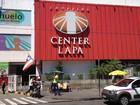 Homem assalta shopping do Centro de Salvador e dispara tiros no local
