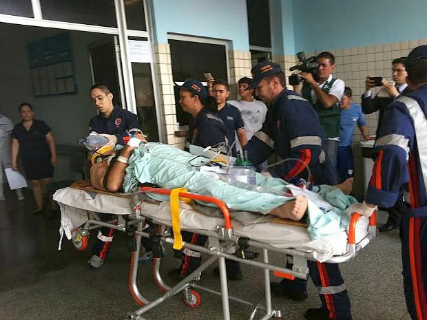 Operário teve traumatismo craniano (Foto: Camila Henriques/G1 AM)