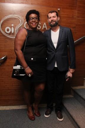 Cacau Protásio e o marido, Janderson Pires, em estreia de peça na Zona Sul do Rio (Foto: Wallace Barbosa/ Ag. News)