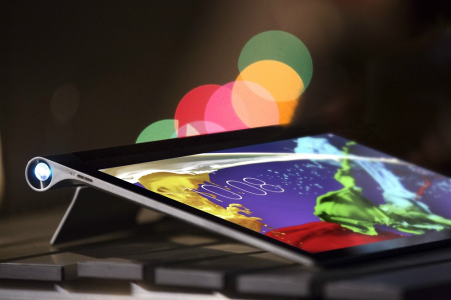 Com o 'engenheiro Ashton Kutcher', Lenovo lança nova linha de tablets e notebooks