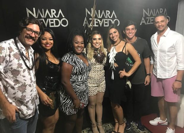 Ilmar Renato, Elis Nair, Roberta Freitas, Naiara Azevedo, Vivian Amorim, Manoel Rafaski e Daniel Fontes (Foto: Divulgação)