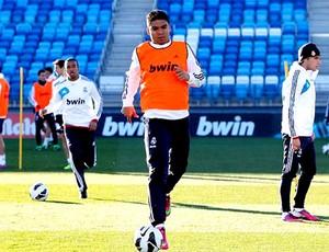 Casemiro no treino do Real Madrid (Foto: Divulgação)
