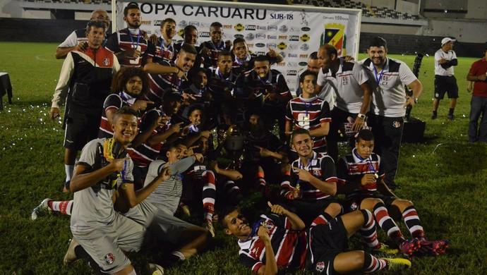 santa cruz campeão copa caruaru sub-18 (Foto: Divulgação / Central Sport Club)