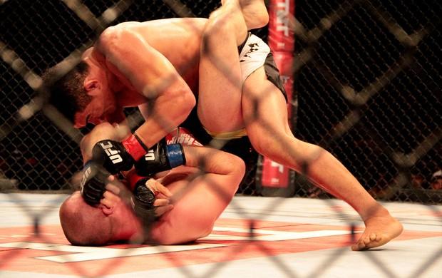 UFC HANS STRINGER X FRANCIMAR BODÃO (Foto: Rodrigo Malinverni)