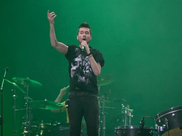 Dan Smith, o vocalista da banda inglesa Bastille (Foto: Marcelo Brandt/G1)
