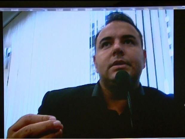 Michel Pierre de Souza Cintra teve prisão temporária decretada, mas está foragido (Foto: Reprodução/EPTV)