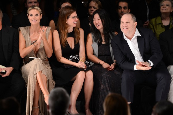 O produtor Harvey Weinstein durante um desfile de moda (Foto: Getty Images )
