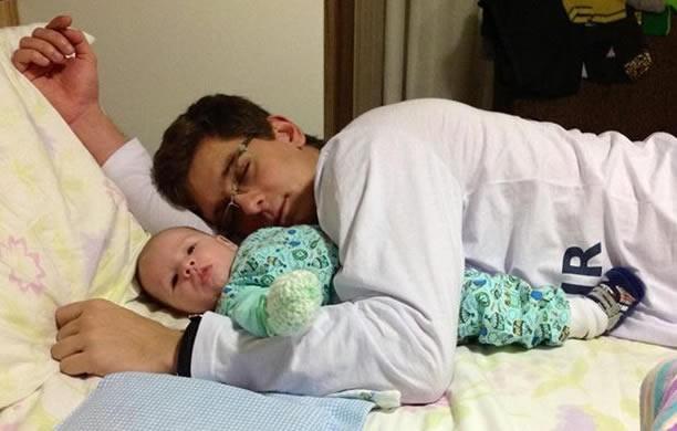 César Augusto, de 22 anos, diz que cada noite perdida vale a pena. (Foto: César Augusto/Arquivo Pessoal)