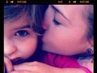 Mãe coruja, Luiza Valdetaro mostra seu carinho pela filha