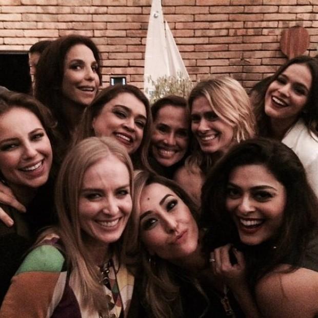 Angelica com Ivete, Preta Gil, Sabrina e Carol (Foto: Reprodução do Instagram)