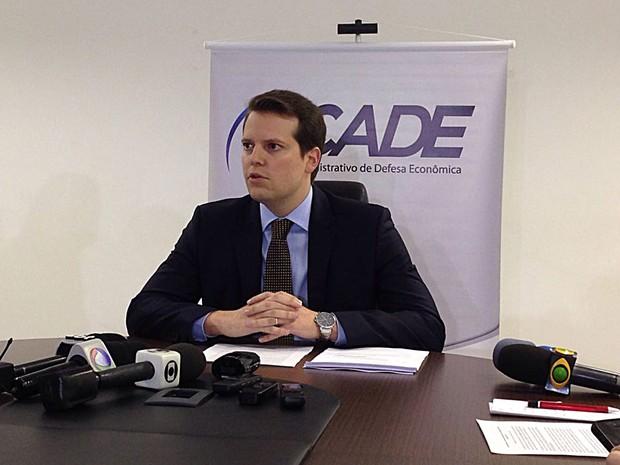 O superintendente do Cade, Eduardo Frade, durante entrevista nesta segunda (Foto: Gabriel Luiz/G1)