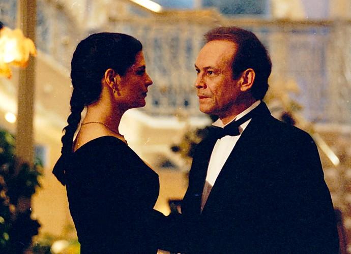 Em 'Anjo de Mim', José Wilker era Bianor, empresário autoritário, casado com Joana (Helena Ranaldi), bem mais jovem do que ele.  (Foto: Cedoc / TV Globo)