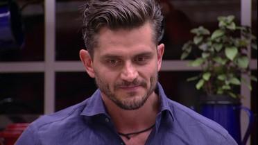 Marcos chama Ilmar para uma conversa: 'Eu vejo você tentando me jogar contra o Pedro'
