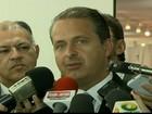 Campos entrega a Dilma carta na qual abre mão de cargos no governo
