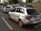 Motorista embriagada é detida após provocar engavetamento, em Goiânia