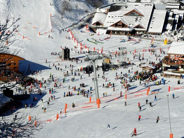 Resort de esqui de Meribél, na França, onde aconteceu o acidente com Michael Schumacher (Foto: Jean-Pierre Clatot/AFP)
