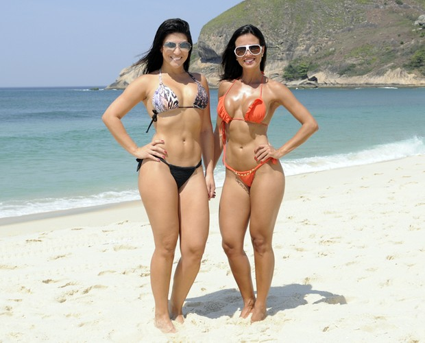Leisiane Almeida E Thabata Carvalho Na Praia Foto Domingao Do Faustao