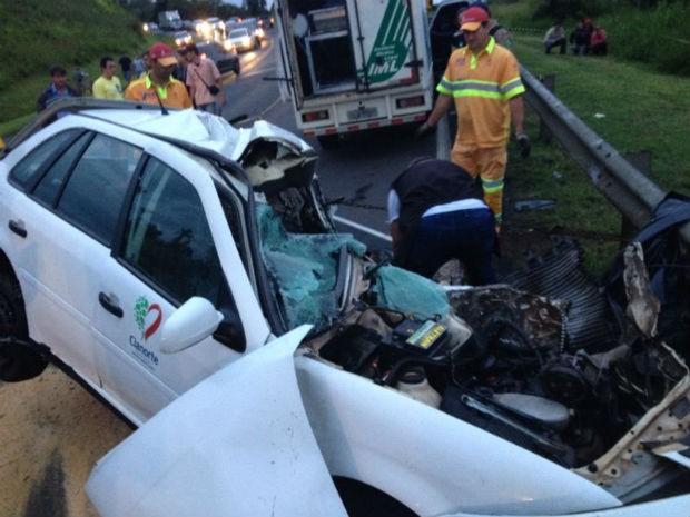 acidente Ponta grossa (Foto: Wesley Cunha / RPC TV)