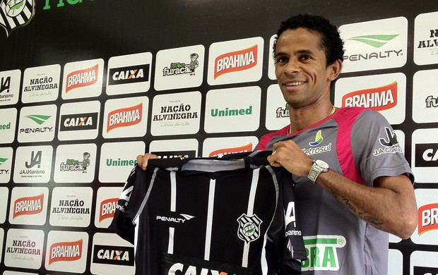 Wellington Saci, novo lateral do Figueirense (Foto: Renan Koerich / Globoesporte.com)