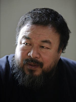 Ai Weiwei em foto de 1º de março, em Pequim (Foto: Grace Liang/Reuters)