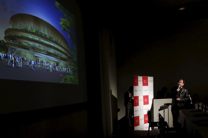 Arquiteto Kengo Kuma apresenta novo projeto do estádio olímpico de Tóquio (Foto:  REUTERS/Yuya Shino)