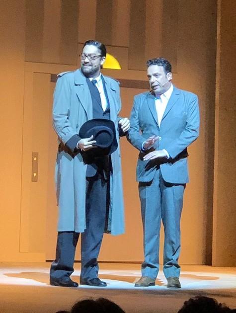 """Fernando Caruso com Marcelo Médici em cena na peça """"Se meu apartamento falasse""""  (Foto: Divulgação)"""