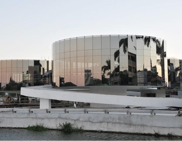 Museu dos Três Pandeiros é a última obra concluída de Oscar Niemeyer. (Foto: Divulgação/UEPB)