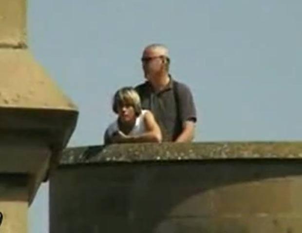 No ano passado, um vídeo que mostra a prefeita da cidade de Aalst, Ilse Uyttersprot, fazendo sexo com o namorado no alto de uma torre provocou polêmica na Bélgica. (Foto: Reprodução)