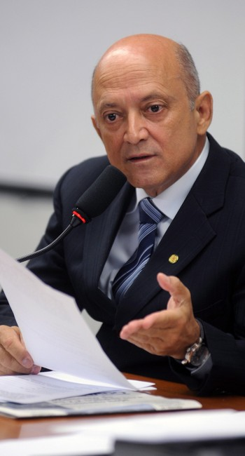 Lelo Coimbra