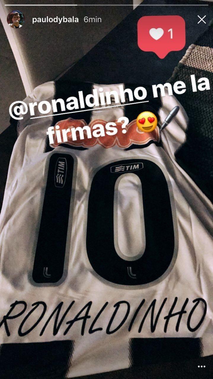 BLOG: Em post, Dybala pede autógrafo de Ronaldinho em camisa do Atlético-MG