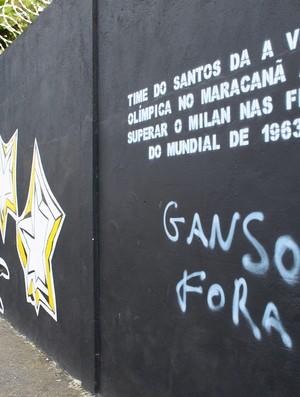 Muro Pichado Ganso (Foto: Nirley Sena / Jornal Atribuna de Santos)