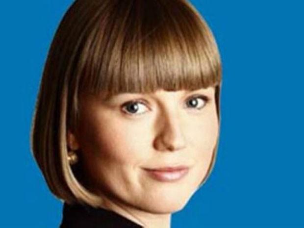 Essa era a foto de Charlotte Proudman no Linkedin, muito elogiada por Alexander Carter-Silk (Foto: Reprodução)