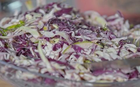 Salada de repolho do Felipe Bronze