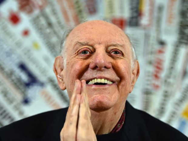 Resultado de imagem para Aos 90 anos, morre o Nobel de Literatura italiano Dario Fo