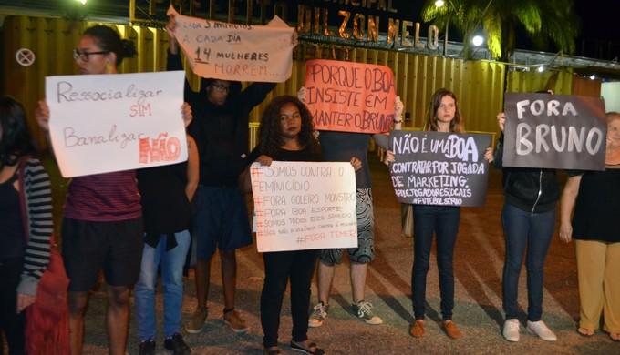Protesto Bruno Fernandes Boa Esporte (Foto: Régis Melo)
