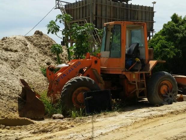 Polícia Ambiental interditou quatro areais que funcionavam sem a devida documentação (Foto: Divulgação/Polícia Ambiental)