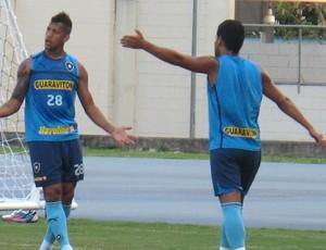 Antônio Carlos treino Botafogo (Foto: Fred Huber / Globoesporte.com)