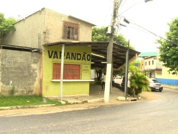 Bar onde Hernandes Alves foi morto, em Jardim Marilândia, Vila Velha, Espírito Santo. (Foto: Reprodução/TV Gazeta)