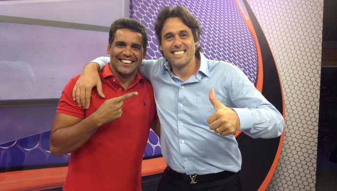 Fabiano e Danrlei antes da gravação do programa RBS Esporte (Foto: Eduarda Streb/RBS TV)