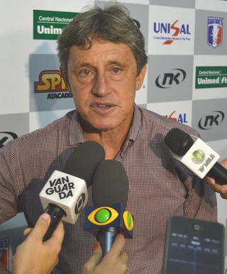 técnico Candinho Farias Guaratinguetá (Foto: Filipe Rodrigues)