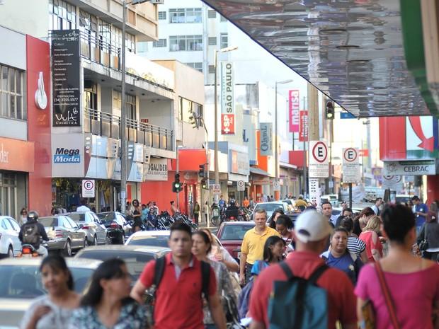 Comércio Uberlândia (Foto: Artur Ribeiro)