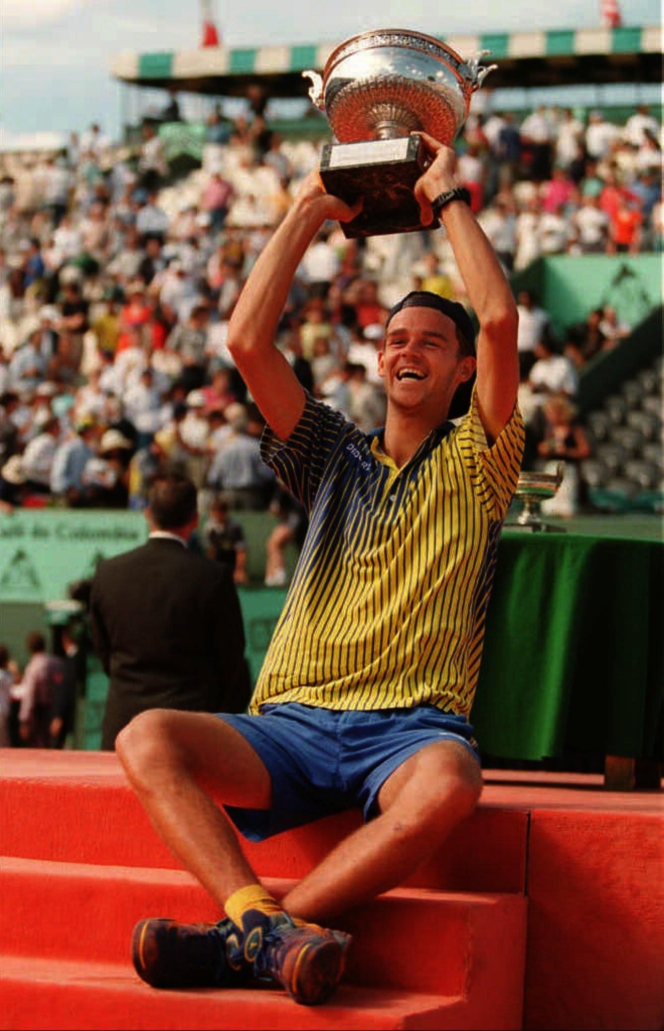 Um dos maiores dolos do esporte mundial Gustavo Kuerten emora