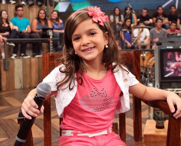 Mel Maia também comenta como foi atuar em Avenida Brasil (Foto: TV Globo/Altas Horas)