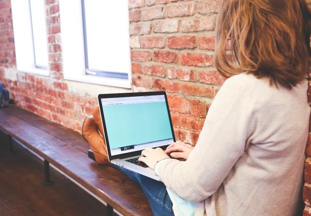 Carreira ; computador ; laptop ; home office ; trabalho remoto ; escolha de emprego ; millennials ; produtividade ; gestão de tempo ;  (Foto: Pexels)