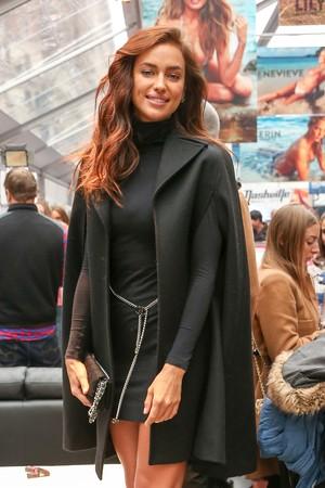 Irina Shayk, ex de CR7, em evento em Nova York (Foto: Splash News / AKM-GSI)